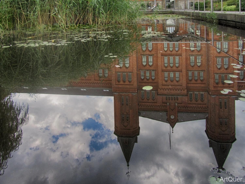 Neues Rathaus - Spiegelung