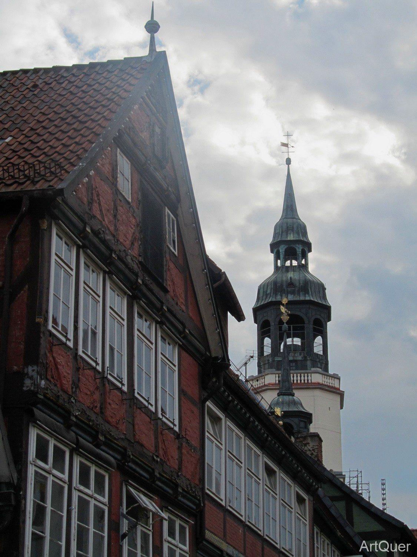 Kirchturm der Stadtkirche St. Marien